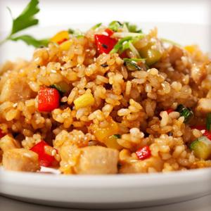 Жаренный рис с яйцом по-шанхайски