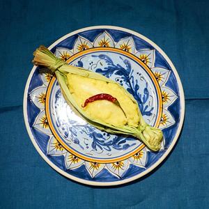 Полента з моцарелою і кукурудзою