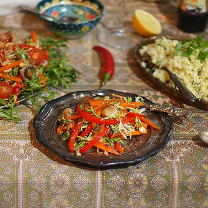 Парові овочі в азіатському стилі з ароматним рисом з лимоном і зеленню