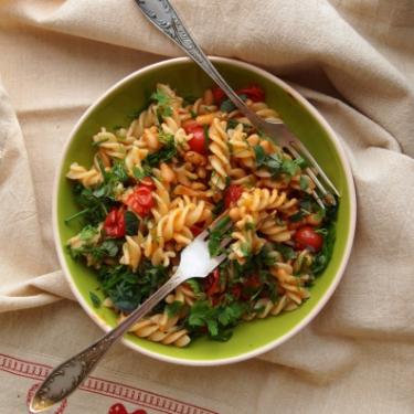 Веган паста з томатами і квасолею - Рецепт від Pyramida