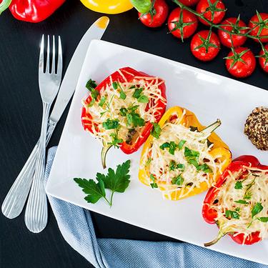 Човники з перцю з морепродуктами - Рецепт від Pyramida