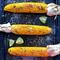 Кукурудза з чілі, лаймом та пармезаном